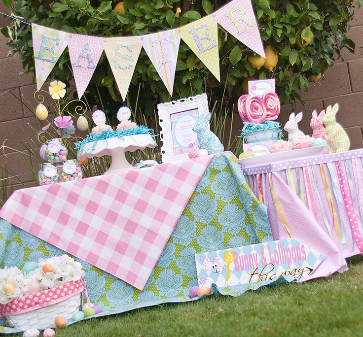 Backyard Graduation Party Decorating Ideas