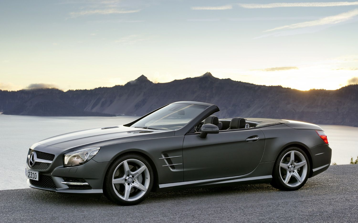 Best car models all about cars 2013 mercedes benz sl class for Mercedes benz all cars