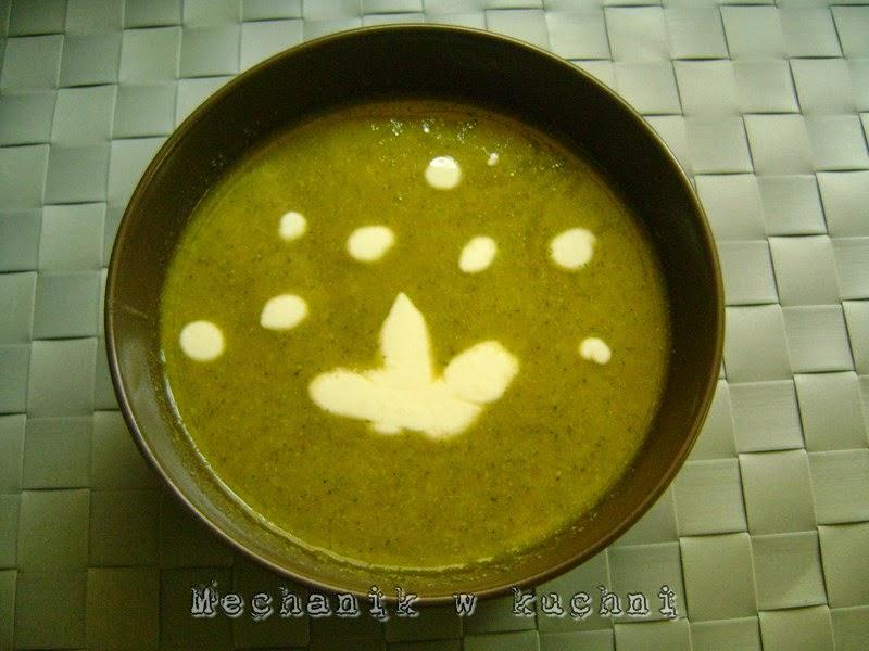 Krem zupa z brokuł mechanik w kuchni