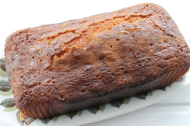 Lemon Drizzle Loaf Cake baking recipe