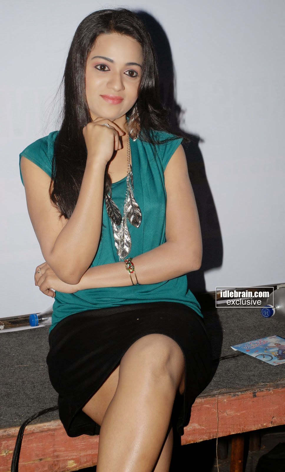 reshma short skirt at function