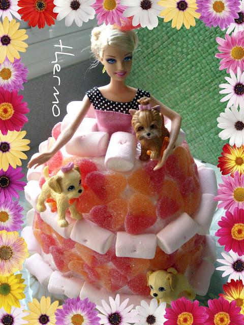 Tarta de chuches de falda de muñeca Barbie