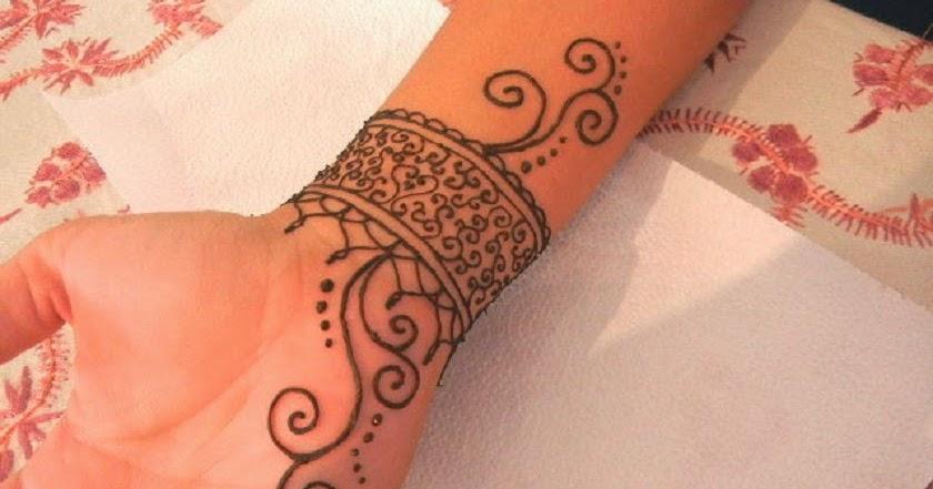 simple henna tattoo designs for wrist
