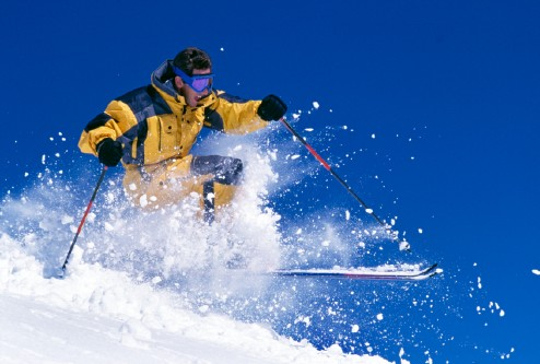 5 Useful iPhone Travel Apps for Skiers and Snowboarders