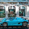 Auto deportivo en color azul Koenigsegg CCXR