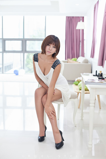 2 Stunning Ryu Ji Hye-Very cute asian girl - girlcute4u.blogspot.com