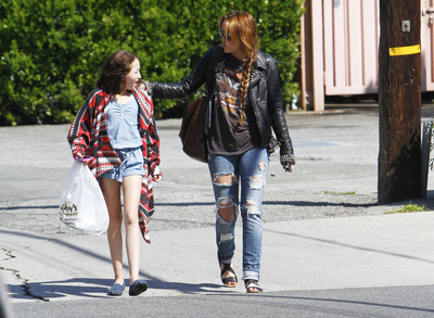 normal 009 Miley y Noah Cyrus en Los Angeles