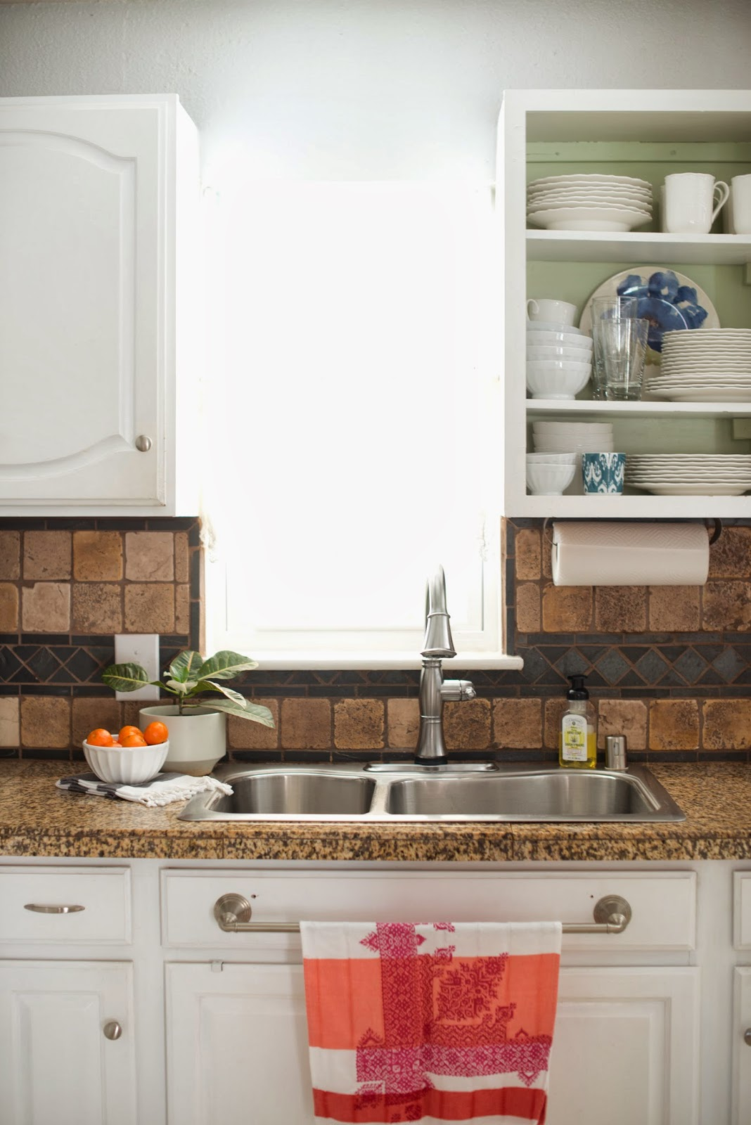 Domestic Fashionista: The Kitchen Sink: Styling + Cleaning Routine
