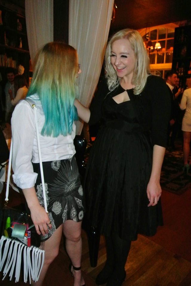 Sara Phillips Skirt Oliver Bag Blonde Blue Turquoise Dip Dye Ombre Hair Fashion Blog