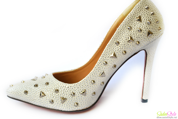 Sparkly Sexy Closed pointed Toe Spiked Glitter Pumps