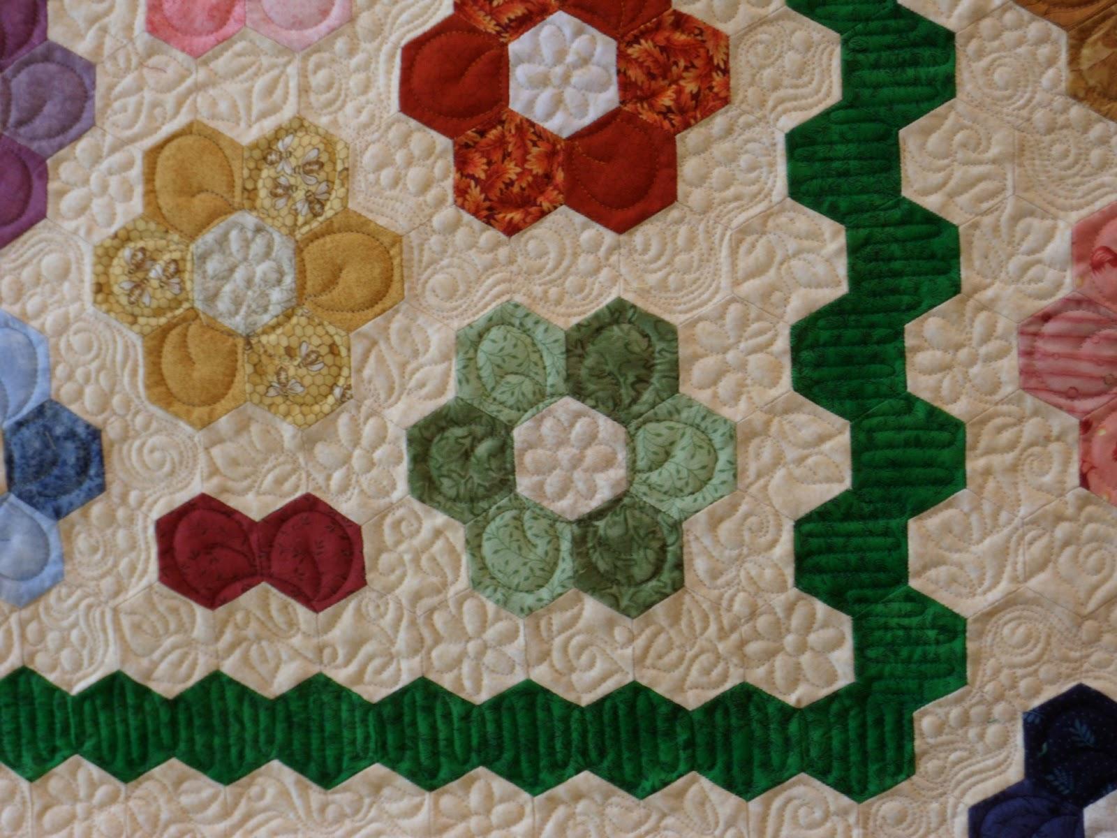Eucalypt ridge quilting grandmother 39 s flower garden - Grandmother s flower garden quilt ...
