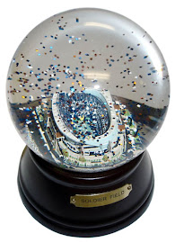 Soldier Field Snow Globe