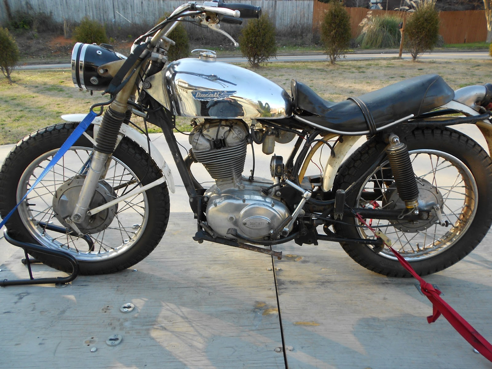 1969 Ducati Scrambler Restoration Darmah Wiring Loom Long Story Short We Loaded One Of The Scramblers Up Went To His Bank Arrange A Wire Transfer And Voila I Had My New Project