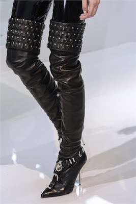 Versace-elblogdepatricia-scarpe-zapatos-shoes-calzature-chaussures-cuissardes-overknee