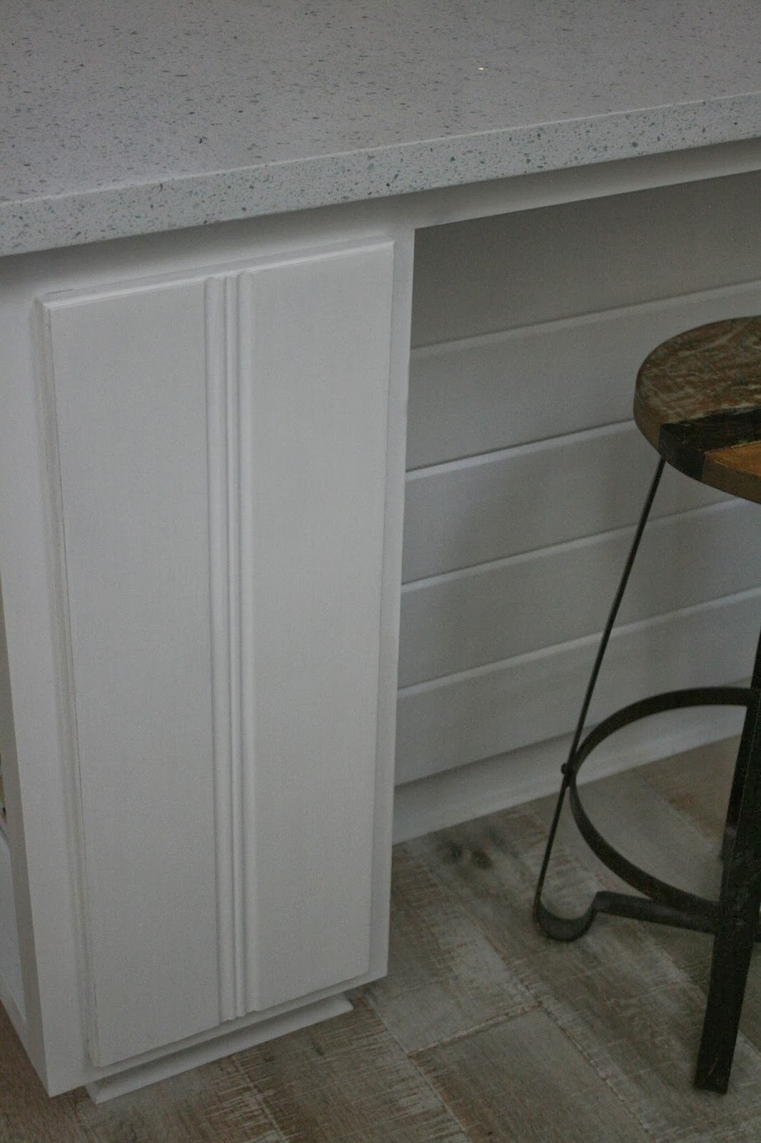 White Chalk Paint Kitchen Cabinets