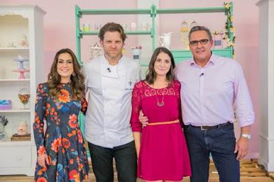 Ticiana Villas Boas, Carlos Bertolazzi, Carolina Fiorentino e Fabrizio Fasano - Crédito: Artur Igrecias/SBT