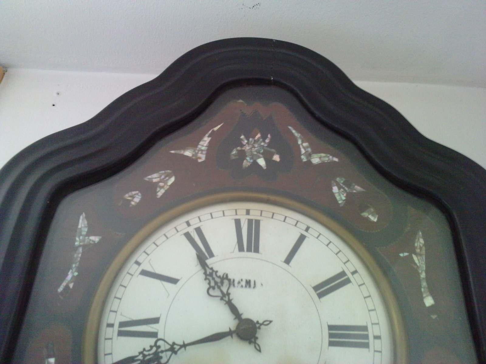 pendule oeil de boeuf napoleon iii vide grenier et brocante. Black Bedroom Furniture Sets. Home Design Ideas