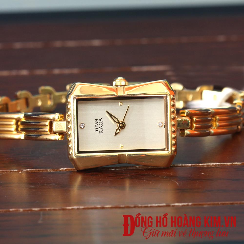 Đồng hồ nữ cá tính giá rẻ Titan chính hãng