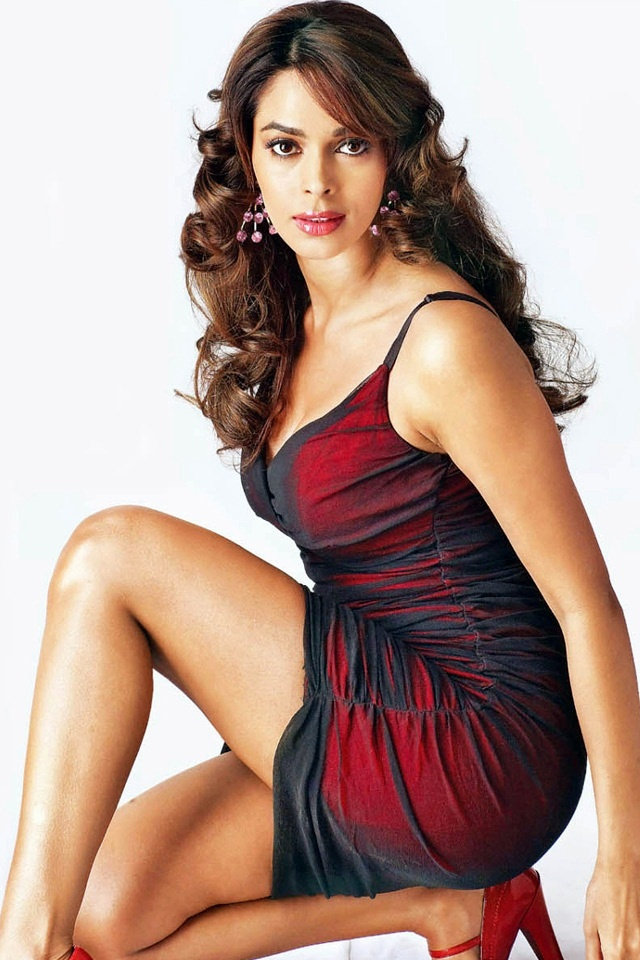 Mallika Sherawat Hot and Sexy Photos In Images