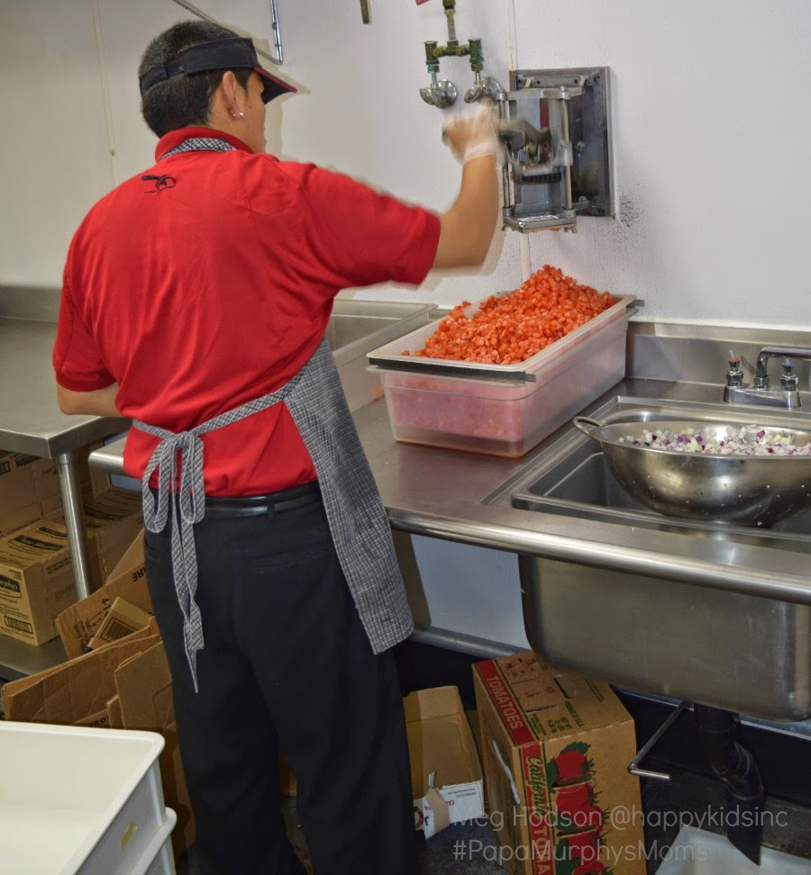 Papa Murphy's Pizza fresh tomatoes #papamurphysmoms