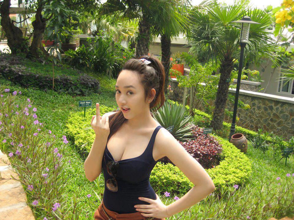 23 Ảnh gái xinh trên Facebook cực ngon