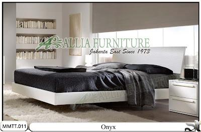 Tempat Tidur Model Minimalis Modern Onyx 180 X 200