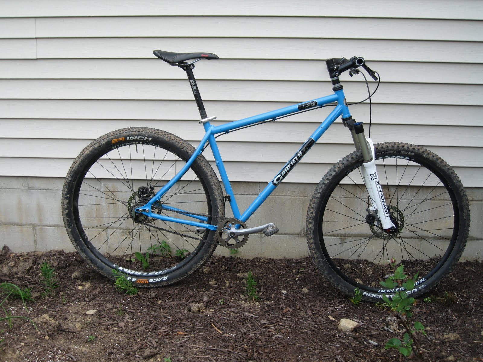 Bikes and Playgrounds: Bike Review: Canfield Nimble 9