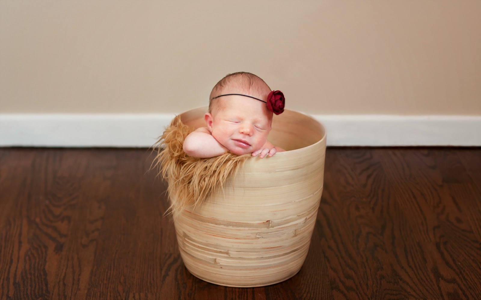 Baby-sleeping-wallpaper-images-for-desktop-pc-and-mobile.jpg