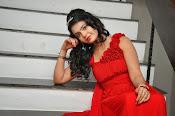 Marina abraham glamorous photo-thumbnail-2