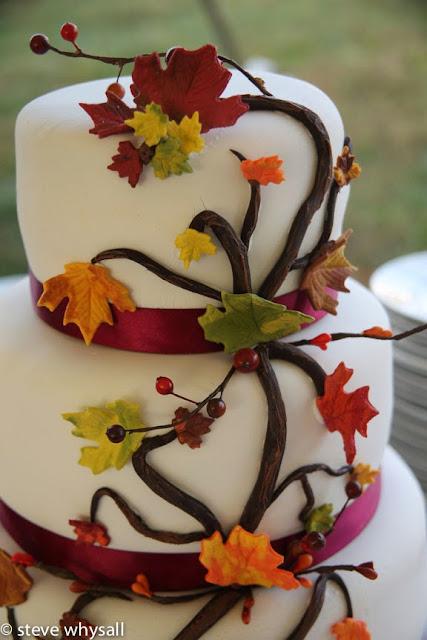 868 estates vineyard wedding cake