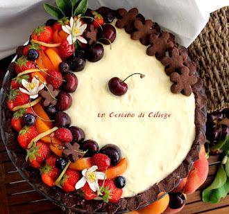 crostata al cacao con crema al mascarpone e frutta