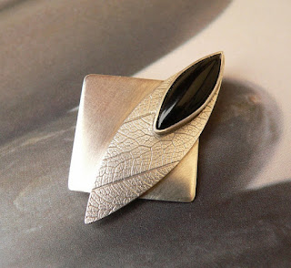 Leaf onyx silver brooch