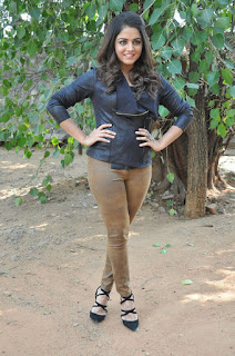 Actress Wamiqa latest glam pics 027.jpg
