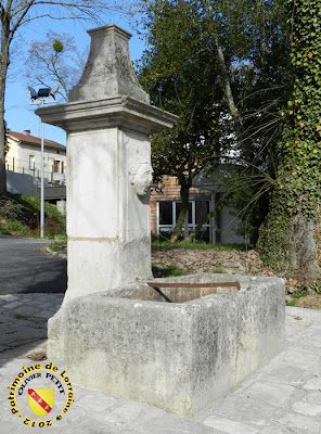 PONT-SAINT-VINCENT (54) - fontaine