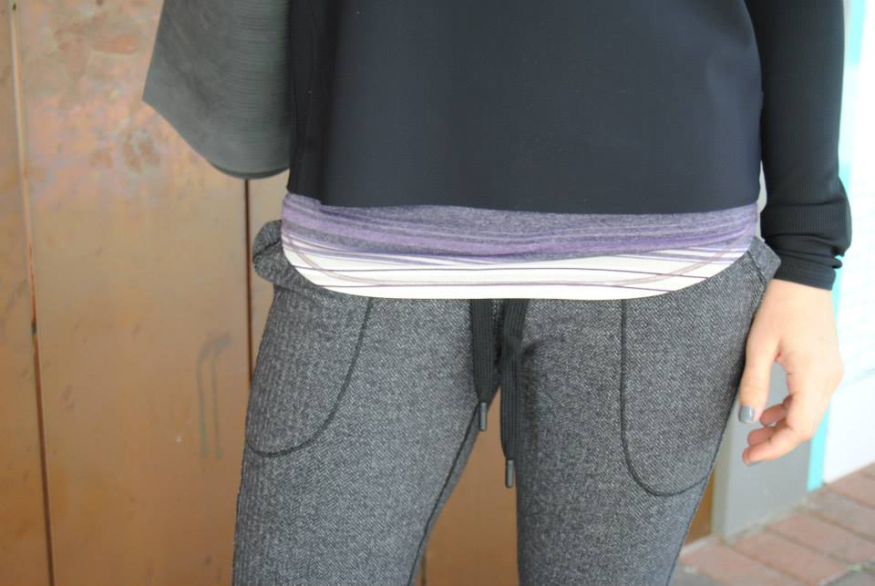 lululemon base runner pant pockets