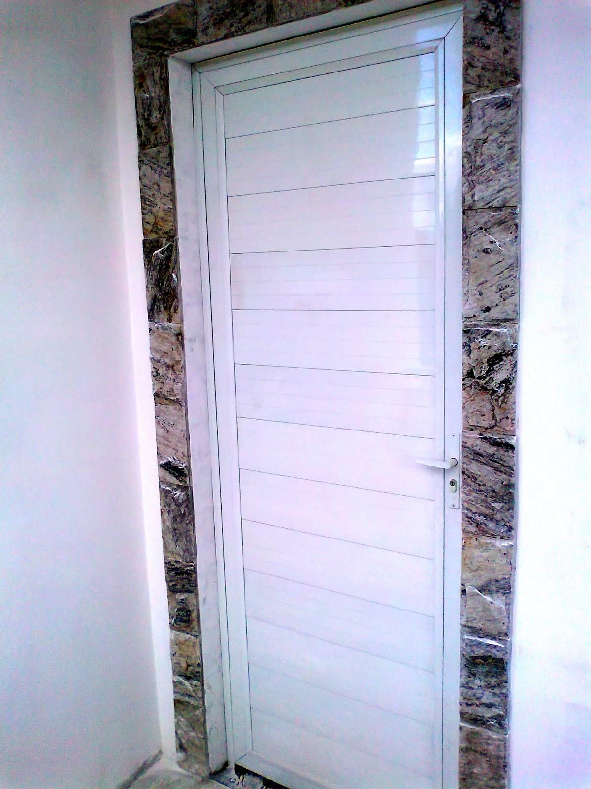 #3E418D  RJ ZONA NORTE: Serralheria Del Castilho Rio de Janeiro Zona Norte 1100 Portas E Janelas De Aluminio Na Telha Norte