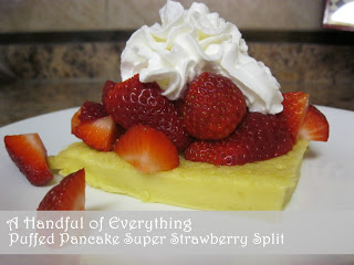 Puffed Pancake Super Strawberry Split