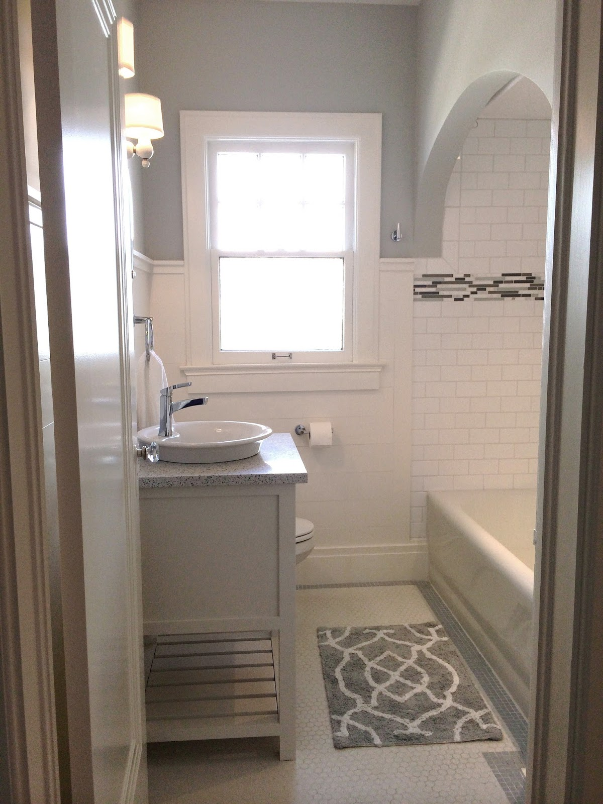 Bathroom updates ideas best remodel home small master for Bungalow bathroom designs