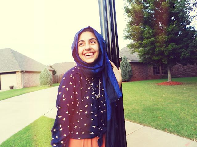 modest fashion blogger, maxi skirt, peach maxi dress, hijab, hijabi blogger, muslim blogger, muslimah blogger