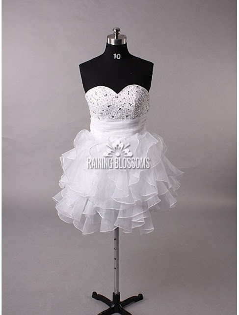 Tulle Sweetheart Neckline A-Line Wedding Dress with Tiered Ruffle Skirt