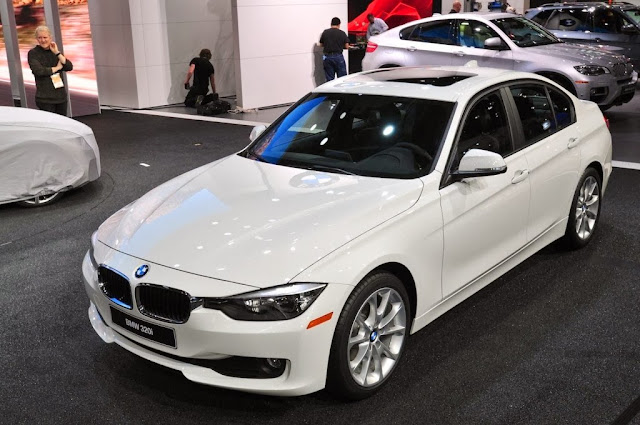 BMW 1-Series Sedan Pictures