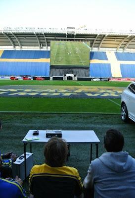 Fifa spielen im Stadion Leinwand