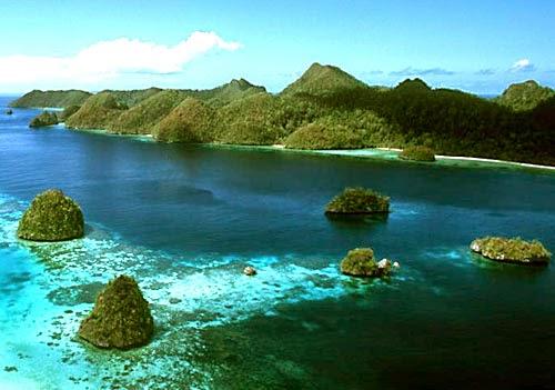 foto gugusan pulau di karimunjawa