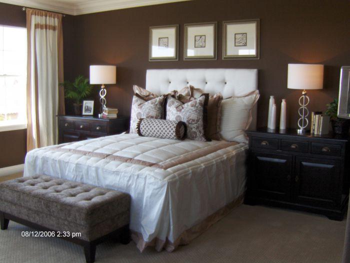 http://3.bp.blogspot.com/-wENwz2gSwMU/TdGFCof5lrI/AAAAAAAAASk/FexpHrMO4Bw/s1600/HomeGoods_stuff_Model_homes_006_1+-+Copy.jpg