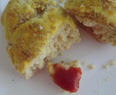 Petits pains à la farine de manioc, au yaourt de soja et huile d'olive sans gluten et sans lactose