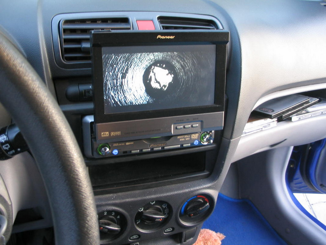 Ubat 2011 Pioneer Clup Turkiye Ham Radio Avh P6600dvd Wiring Diagram Pioneers Latest Dvd Av Headunit The Is A Full Featured 1 Din Car Stereo With Built In Master Player Fully Motorised 65 Inch