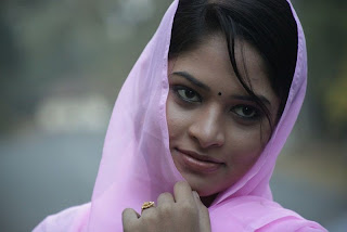 Sanyathara in Pani Vizhum Malar Vanam New Movie Stills 009.jpg