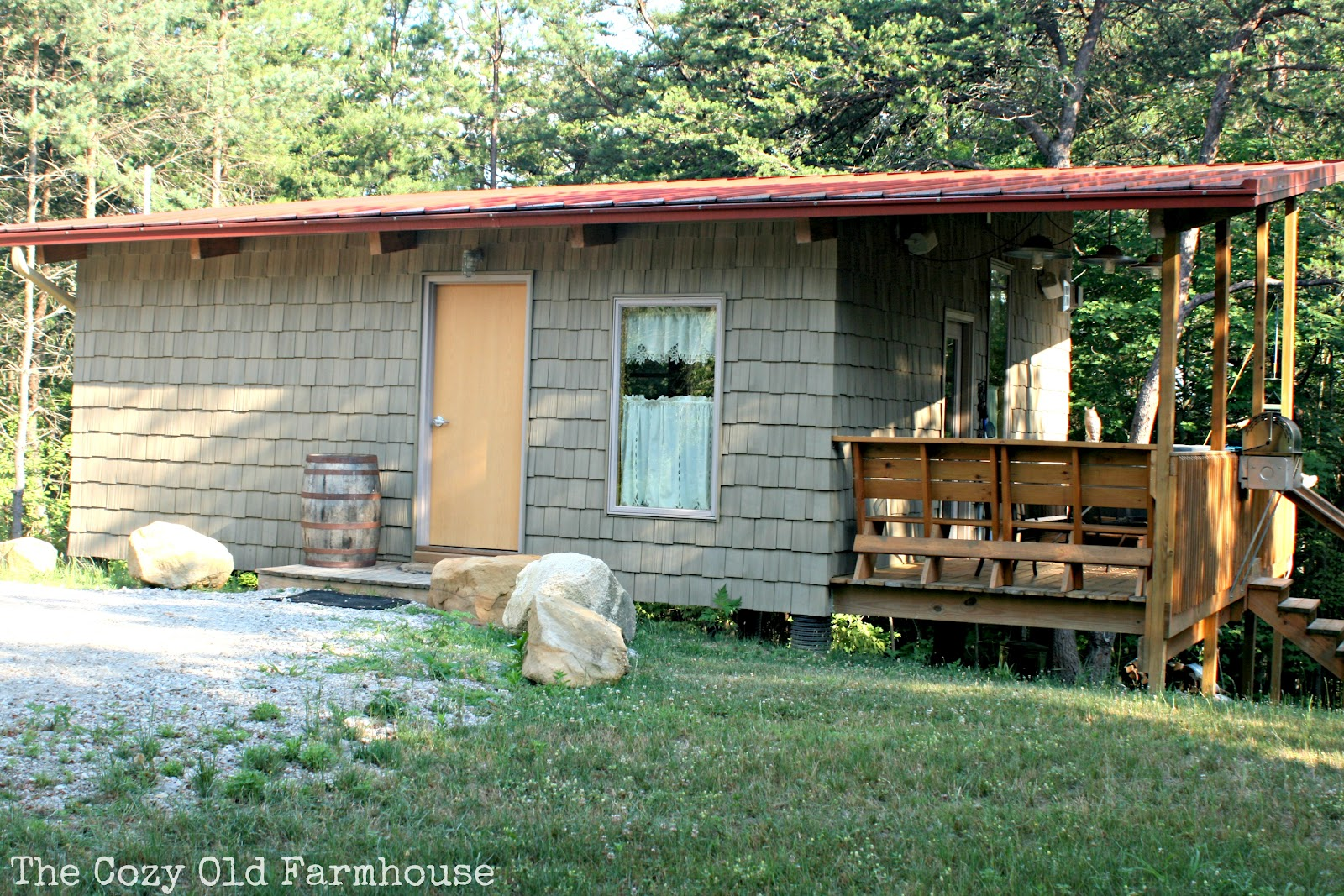 The Cozy Old Farmhouse Cutest Junkiest Vintage Cabin