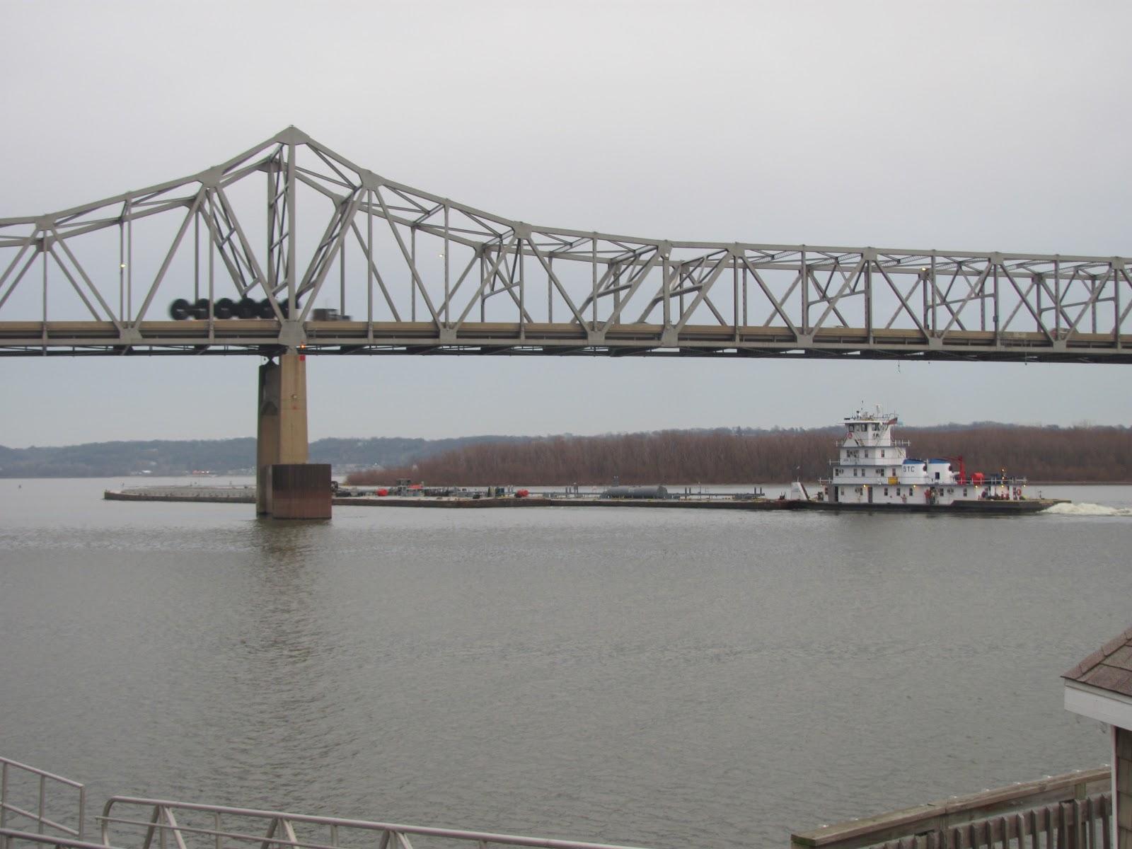 Shuttering For Bridges : Lensing and shuttering semi on bridge towboat pushing