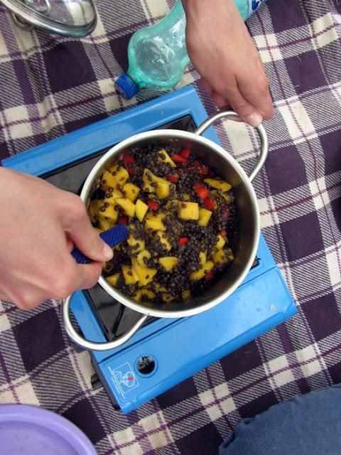 Camping: einfach auf dem Gaskocher selbst kochen